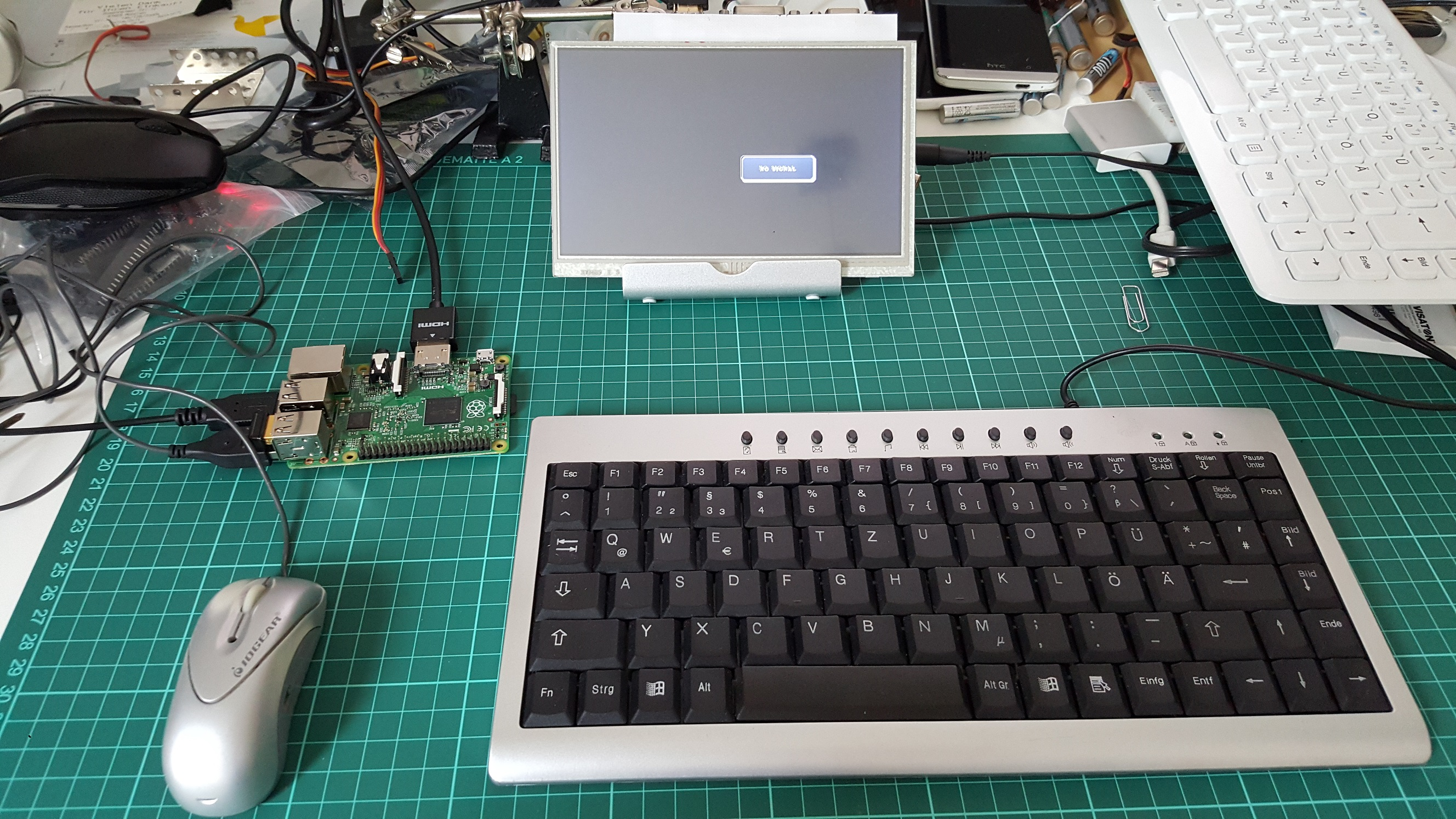 raspberry pi setup with keyboard, mouse and display