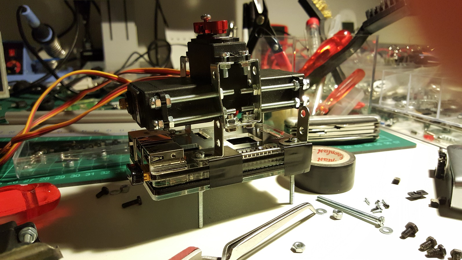 raspberry pi 2 and the hip servos
